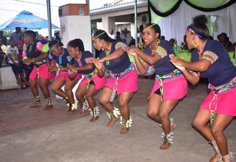 Ezikakiss Dancers